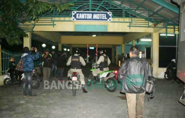 Razia Yang Digelar Di Hotel Mini Kenpark Kawasan Pantai Ria Kenjeran Dan Pitshop Jalan Semut Baru Surabaya Ini Kami Hanya Melaksanakan Tugas