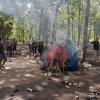 gerebek-arena-judi-di-tengah-hutan-desa-temurejo-banyuwangi-polisi-hanya-dapati-terpal