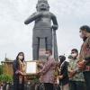miliki-patung-gajah-mada-tertinggi-di-infonesia-wisata-desa-bmj-terima-penghargaan-muri