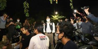 Tinjau PPKM Darurat, Wali Kota Eri Temukan Pelanggar, Langsung Digelandang ke Makam Keputih