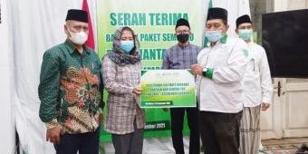 Gandeng LAZISNU Surabaya, PT Siantar Top Salurkan 500 Paket Sembako untuk Warga Terdampak Covid-19