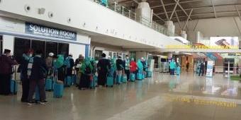 284 Jamaah Umrah Samira Travel Landing di Madinah Perdana