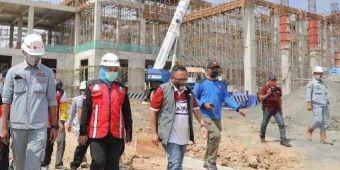 Gowes di Pacitan, Khofifah Sebar Bantuan dan Tinjau Pembangunan Museum & Galeri SBY-Ani