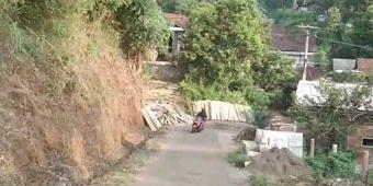 Menunggu Pembukaan Jalan Gumeng, Desa di Gunung Anjasmoro yang Pernah Jadi Lokasi KKN Putra Jokowi