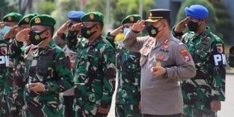 Polres Gresik Ikuti Apel Gelar Pasukan Pengamanan Kunjungan Kerja Presiden RI ke JIIPE
