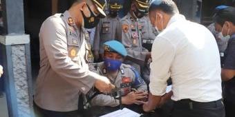 Cegah Penyalahgunaan, Polres Ponorogo Gelar Pemeriksaan Senpi Anggota