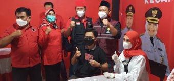 Hadiri Vaksinasi di PDIP Gresik, Bupati Gus Yani: Serbuan Vaksin Sudah 50 Persen