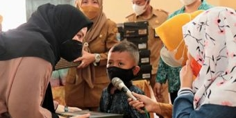 Ratusan Anak Yatim Piatu di Kota Probolinggo dapat Sepatu Roda