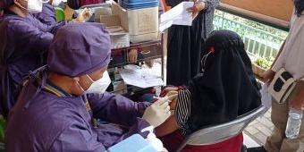 Kejar Pendidikan Tatap Muka, SMKN 3 Kota Kediri Gelar Vaksinasi untuk Siswa