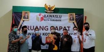 Persiapan Pemilu Serentak 2024, Bawaslu Kota Surabaya Dikunjungi Komisi II DPR RI