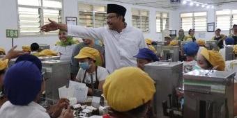 Kunjungi Ribuan Buruh Rokok di Malang, Gus Ipul-Puti Disambut Hangat