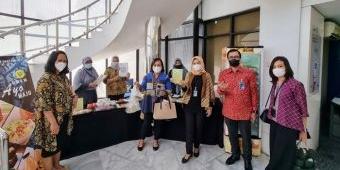 Kecamatan Genteng Surabaya Gelar Pameran UMKM dengan Transaksi Cashless