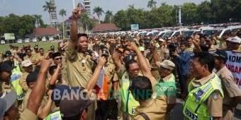 Ratusan Kepala Desa Temui Bupati Jombang, Protes Oknum Komisi II DPR RI
