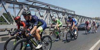 Etape 4 Tour de Indonesia Start dari Alun-alun Jember Menuju Kawasan Ijen Banyuwangi