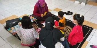 Wujudkan Kota Layak Anak, Pemkot Kediri Gelar Trauma Healing untuk AMPK di Rusunawa Dandangan