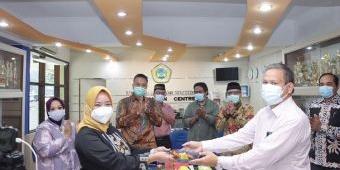Peduli Dampak Covid-19, Unitomo Surabaya Bebaskan Uang Gedung bagi Mahasiswa