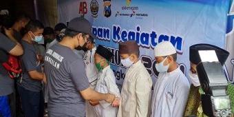 Peringati HPN 2021, AJB Bareng Bupati dan Forkopimda Bangkalan Berikan Santunan kepada Anak Yatim