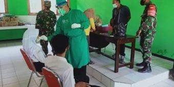 Awali PTM, Pelajar Ngawi Dites Swab Antigen