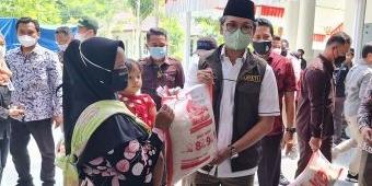 Bulog Bangkalan Salurkan 74.837 Ribu Ton Beras ke Penerima PKH dan BST