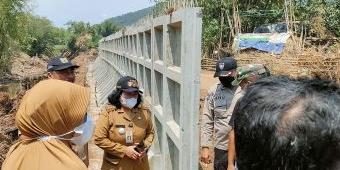 Pembangunan Tanggul Banjir di Sungai Kaliputih Kediri Tuai Kontroversi