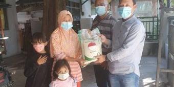 Gandeng Bupati Gus Yani dan Wabup Bu Min, KWG Salurkan Bantuan Beras untuk Warga Terdampak Covid-19