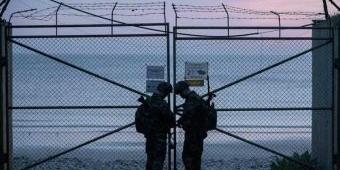 Tentara Korea Utara Tembak Mati dan Bakar Tubuh Pejabat Korea Selatan