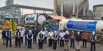 Gubernur Khofifah Terima Bantuan 31 Ton Oksigen Cair dari Petrokimia Gresik dan Satgas BUMN Jatim