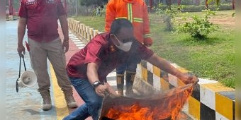 Antisipasi Kebakaran, Lapas Narkotika Kelas II A Pamekasan Gelar Simulasi Penanggulangan Kebakaran