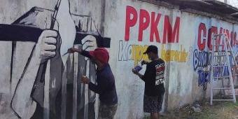 Pelukis di Kediri Dukung PPKM Lewat Mural: Kami Hampir Menyerah