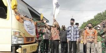 Pemkab Jember Kembali Salurkan Bansos, Bupati Hendy: Ini Wujud Nyata Kehadiran Pemerintah