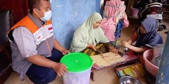 Rumah Zakat Salurkan Modal Usaha untuk UMKM Terdampak Covid 19 di Pamekasan