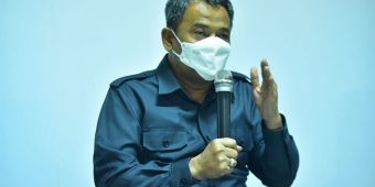 Respons Keluhan Wali Murid, Dispendik Surabaya Tutup Sementara Penjualan Seragam Baru