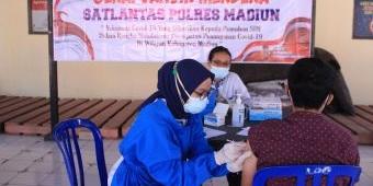 Urus SIM di Satpas Polres Madiun Bonus Vaksin