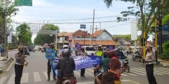 Ops Patuh Semeru 2021, Polres Pamekasan Imbau Masyarakat Displin Berlalu Lintas dan Prokes