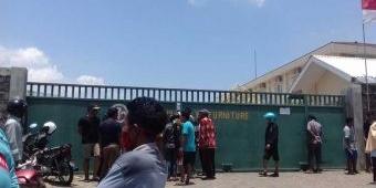 Kebakaran Landa Pabrik PT Jawa Lily Furniture di Wonokerto Probolinggo, 2 Karyawan Meninggal