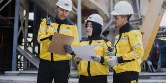 SMGR Terpilih Sebagai Outstanding Company 2021 Sektor Materials dari AsiaMoney