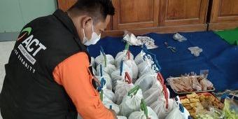 Bantu Warga Isoman, ACT Bersama Satpol PP Kota Kediri Dirikan Dapur Umum