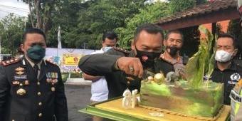 Kejutan Kapolresta Banyuwangi Pagi Hari, Datangi Dandim 0825 Bawa Kue Tart Ultah TNI ke-76