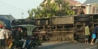 Tertimpa Bus, Warga Bancar Tuban Meninggal di Lokasi