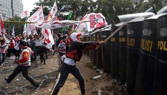 Prabowo dan Sandi Peserta Pemilu Terburuk Sepanjang Sejarah