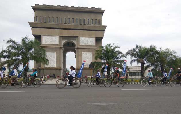 Ribuan Sepeda Kuno Tumplek Blek di Kediri   Bangsa Online